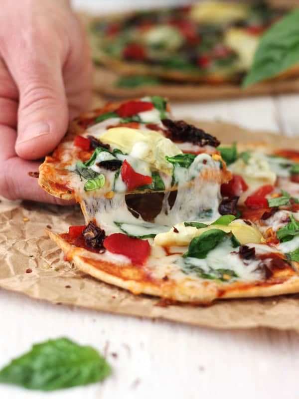Tortilla Pizzas With Sundried Tomatoes And Spinach 15 Minutes