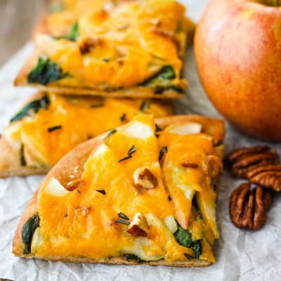 Cheddar Apple Pita Pizza