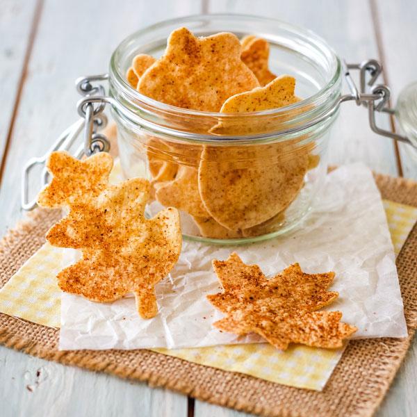 Leaf-shaped chips in a glass mason jar.